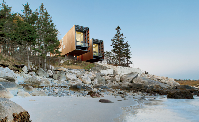 Two Hulls House [architectural digest]