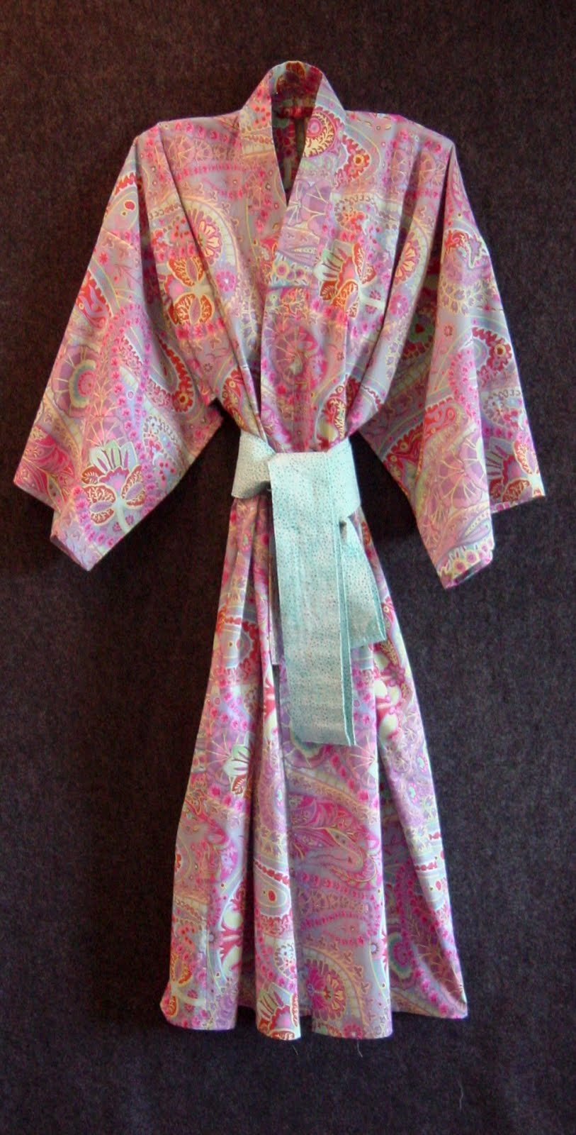 Over 1000 sold! Buy our modern robe pattern on eBay (click!)