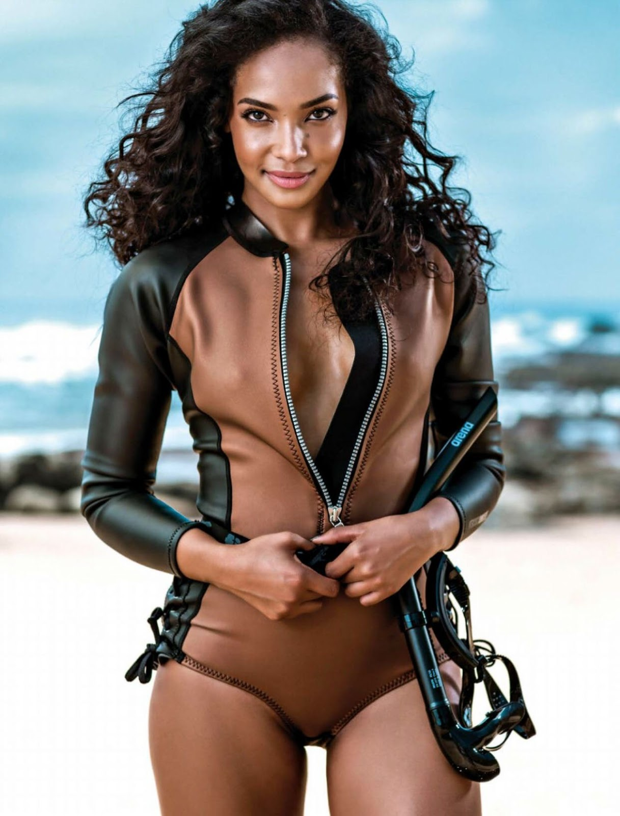 Liesl Laurie - Women's Health South Africa March 2020 Cover and Photos