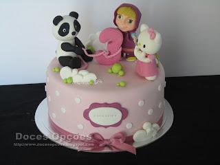 O Panda, a Masha e a Kitty no aniversário da Margarida