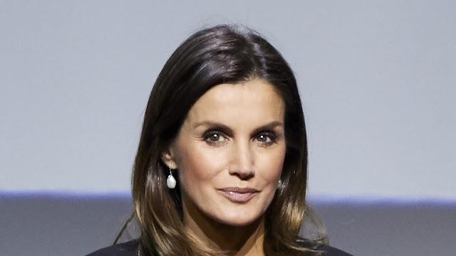 Kraljica_Letizia-Letizia_Ortiz-spnish_queen-journalist-spain-barcelona-real-madrid