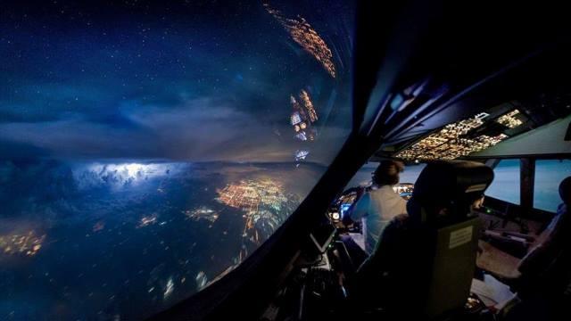 كيف تبدو رحلة الطيران من كابينة القيادة 5