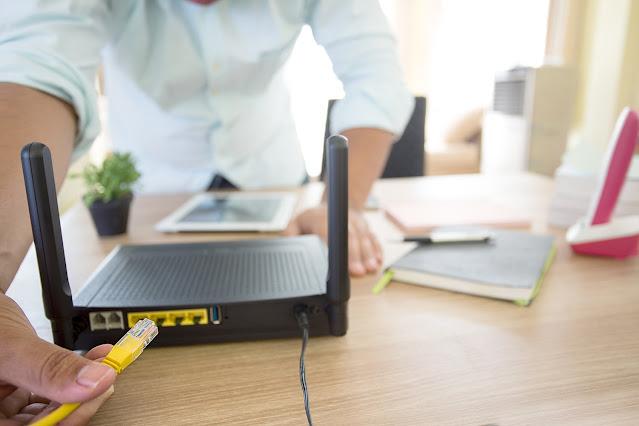 مشكلة الـبطء أو عدم وجود اتصال بالإنترنت في بعض الغرف