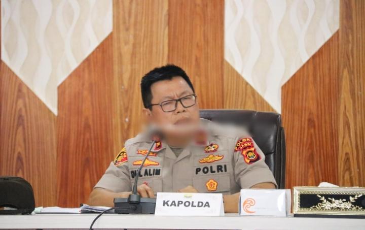 Rakor Penanganan Covid-19 Yang Dilaksanakan Diruang Pola Kantor Gubernur Jambi Dihadiri Oleh Wakapolda Jambi
