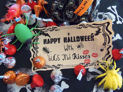 http://hollyshome-hollyshome.blogspot.com/2013/10/bugs-and-kisses-free-halloween-printable.html
