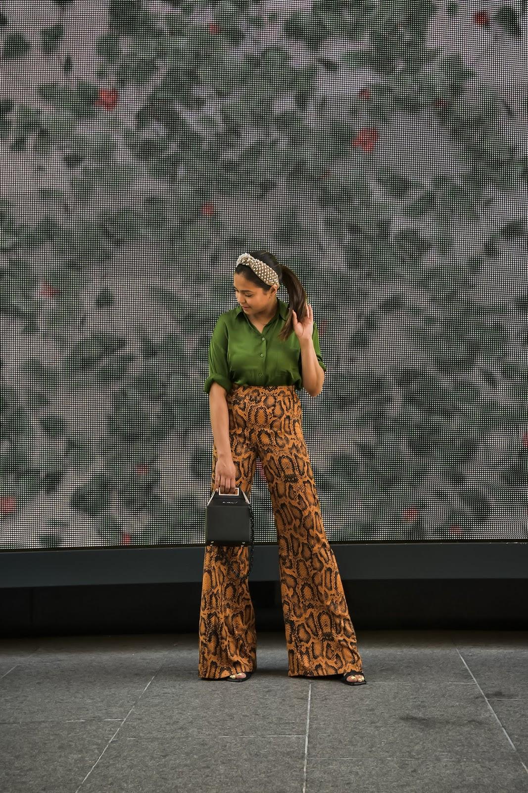 photo editing apps that I use, snake print pants, green silk shirt, lele sadoughi headband, dc blogger, pop and suki bag, street style, saumya shiohare, myriad musings