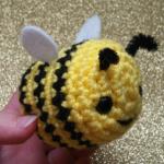https://pixeledpeach.com/2017/07/17/honey-bee-amigurumi-save-the-bees/