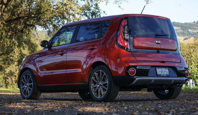 2018 Kia Soul Turbo Review - Car And Driver Review
