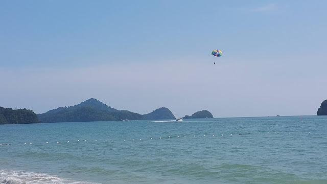 شاطئ سينكانج Cenang Beach