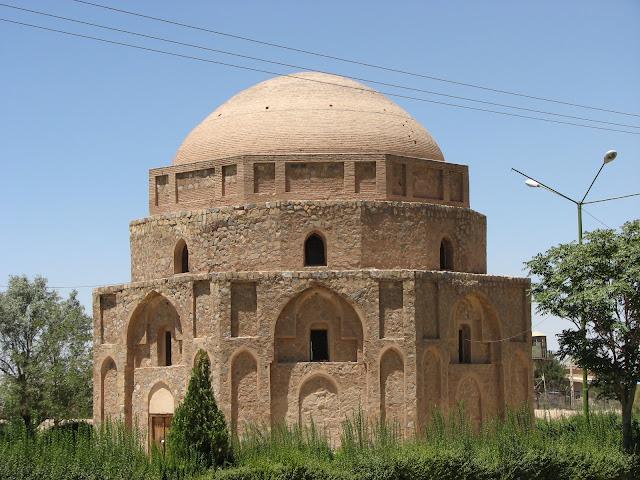 Gonbad-e Jabaliyeh in Kerman
