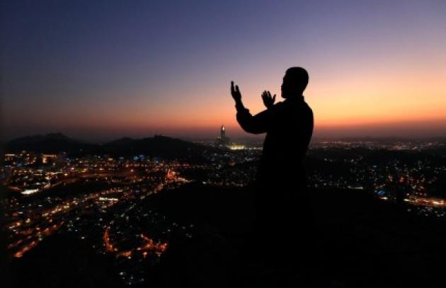 Ini 15 Keutamaan Zikir Yang Bikin Kamu semangat Melakukannya | JabarPost Media