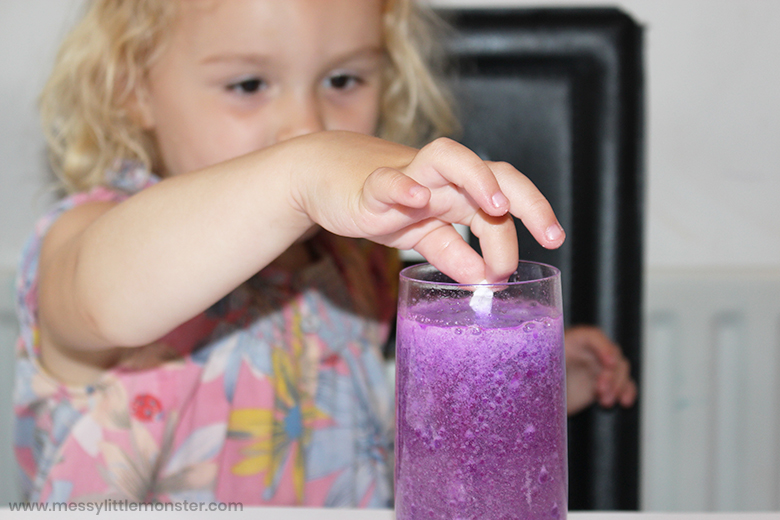 Lava lamp science experiment for kids