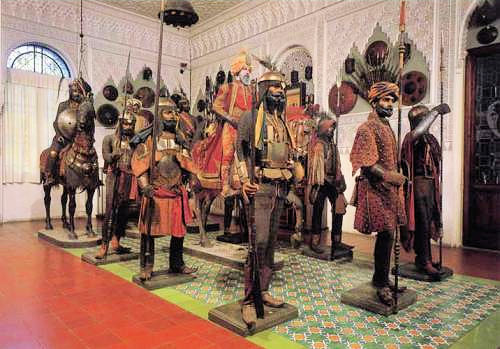 The Islamic Armoury Salon. Photo: Courtesy of the Stibbert Museum. Unauthorized use is prohibited.