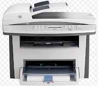 Der All-in-One-Drucker HP LaserJet 3052 ist ein Multifunktionsdrucker, der über Ethernet oder USB 2.0 an ein Computersystem angeschlossen werden kann. Neben dem hochqualitativen Monochromdruck funktioniert der Drucker als Bildkopierer und Farbscanner