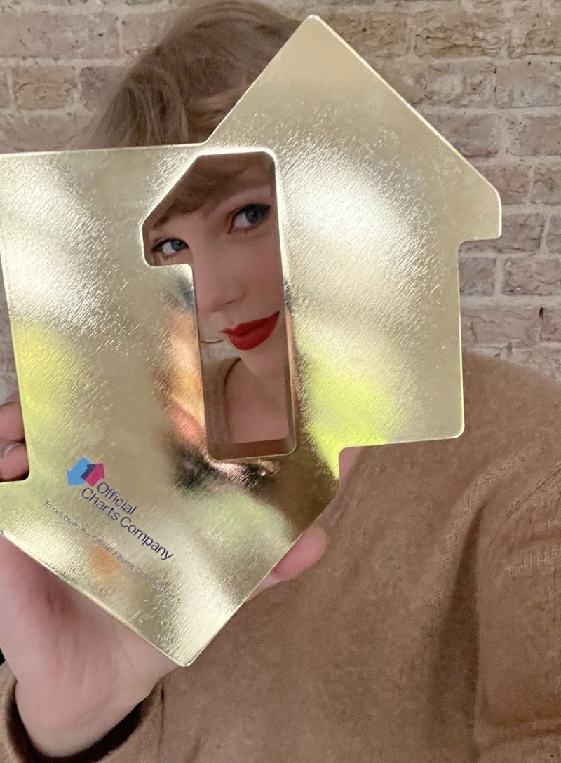 Taylor Swift - Official Charts Company - April 2021