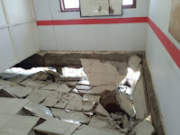Dinas Pendidikan Pangkep Segera Perbaiki Lantai SMP Satap 14 Liukang Tupabiring Yang Amblas`