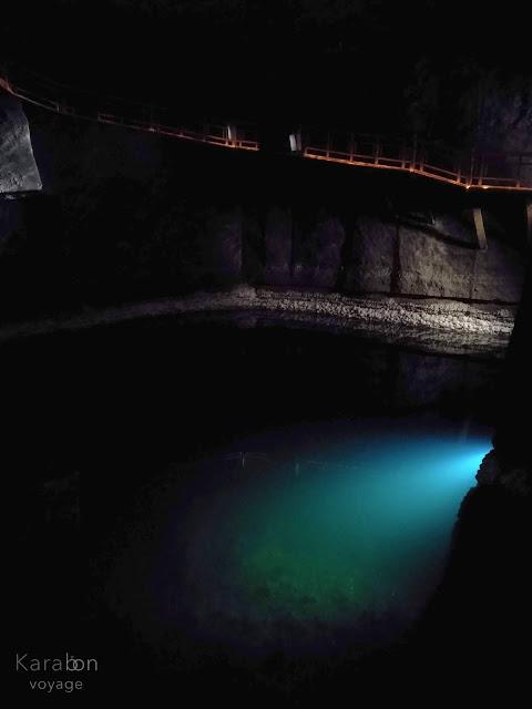 kopalnia soli | Wieliczka | podziemne jezioro | Karabon voyage