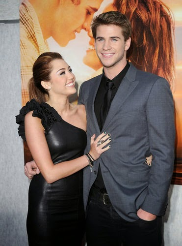 Miley cyrus in love with liam hemsworth