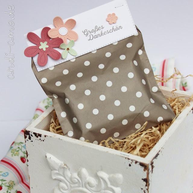 Kleinigkeiten hübsch verpackt mit Stanzen- und Stempelset