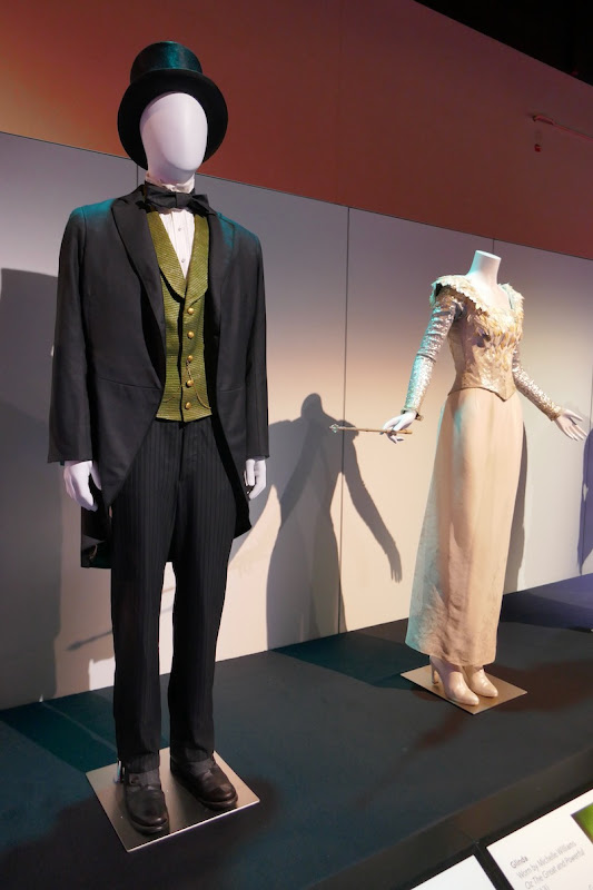 Oz Great and Powerful movie costumes