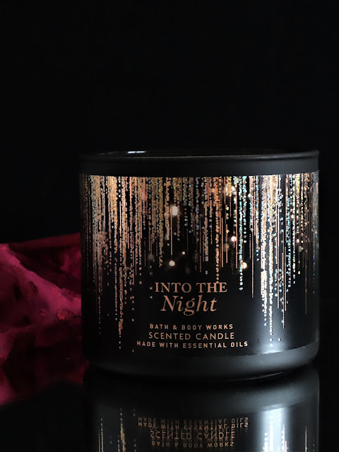 Into the Night Bath and Body Works candle, bath and body works candle review, avis bougie into the night, into the night candle review, bougie  bath and body works avis, bath and body works france, bougie parfumee into the night