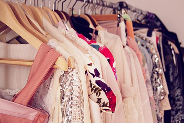 acecbcd92 O post de hoje é pra você que adora comprar roupa BONITA e BARATA! Tô numa  fase de ficar garimpando peças em sites gringos que vendem importados