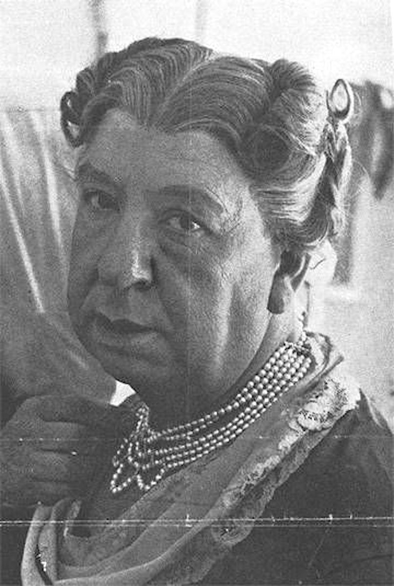 film director Alfred Hitchcock, a portrait as a woman