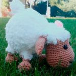 http://www.craftsy.com/pattern/crocheting/toy/sheep-amigurumi/186042?rceId=1454275207928~jx6cknna