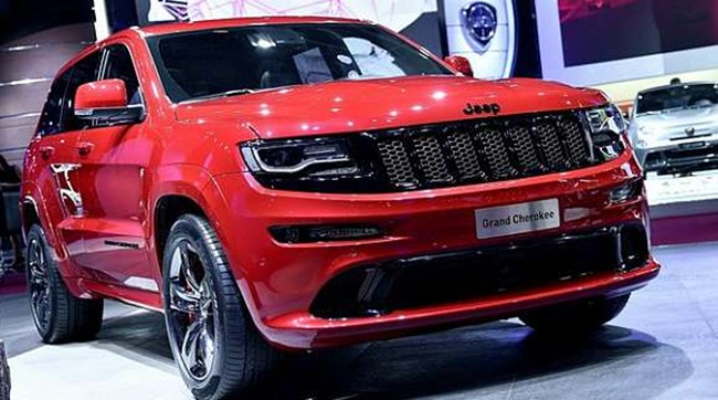 2016 Jeep Cherokee SRT8 Hellcat Review