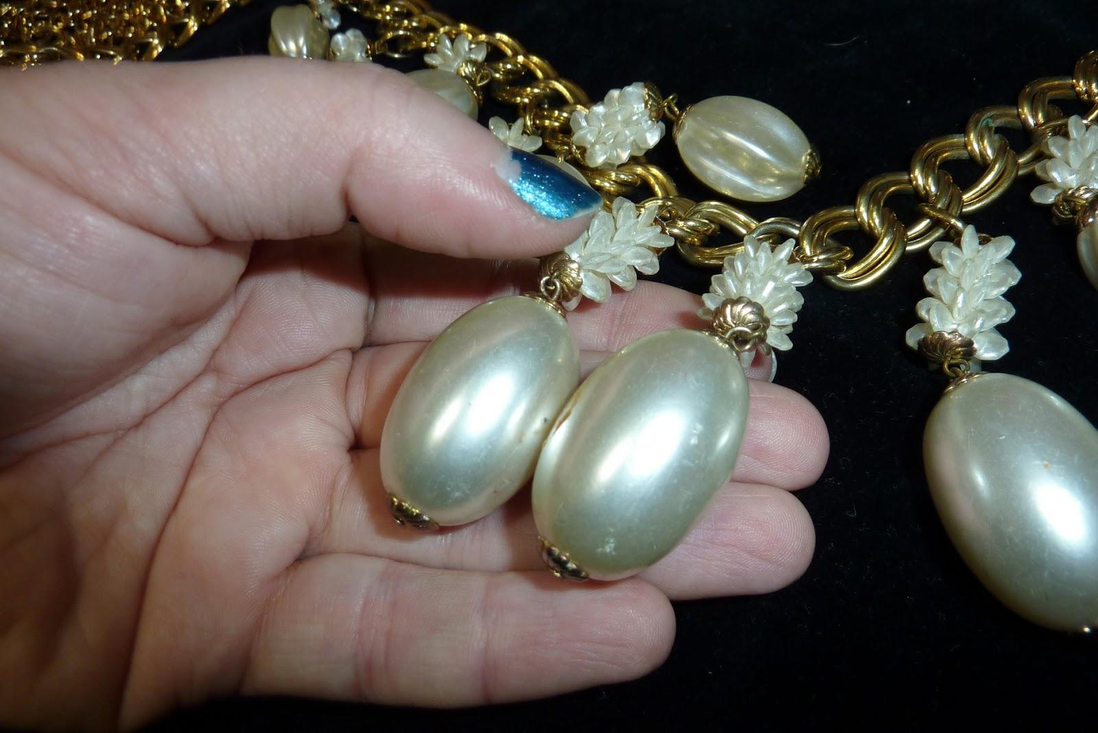 a0ddc9b1b4af Miren el tamaño de las perlas
