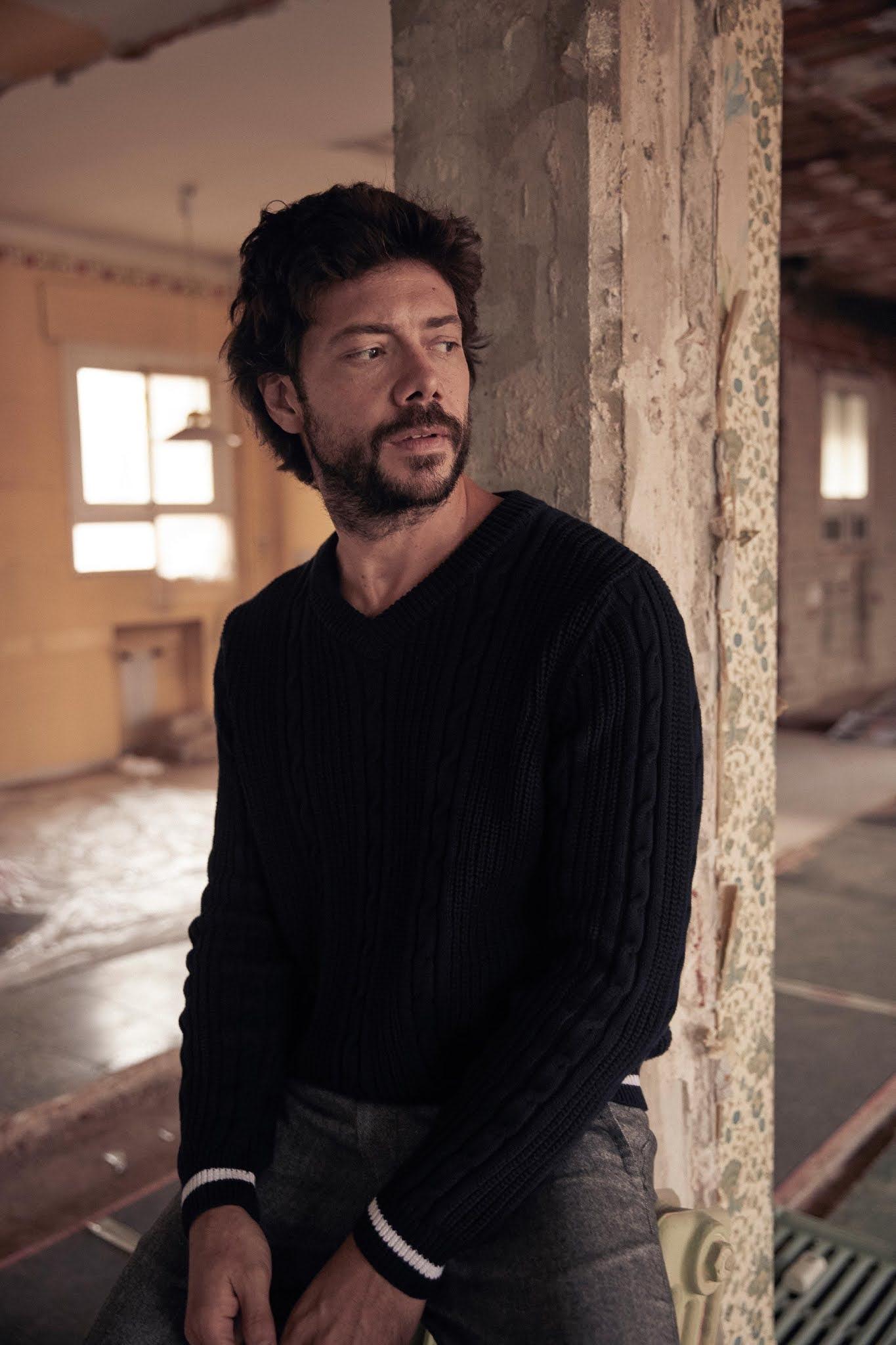 Alvaro Morte Handsome