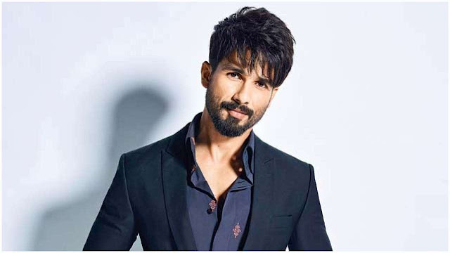 Top Ten Highest paid Bollywood Actors (Male)/shahid kapoor