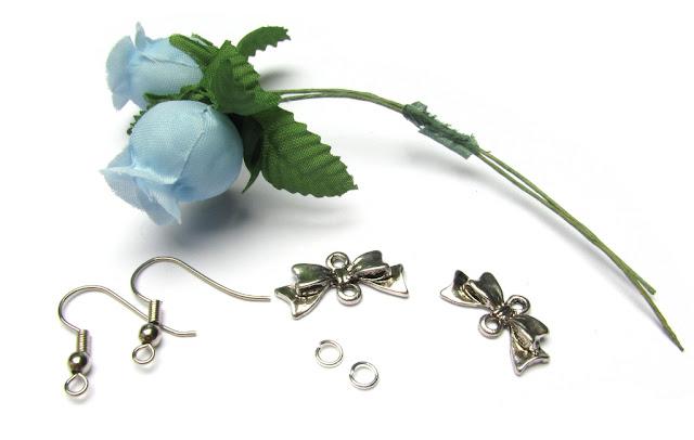 Benodigdheden oorbellen met roosjes