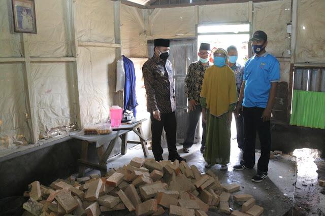 Wabup Sergai Menghadiri Peletakan Batu Pertama Bedah Rumah