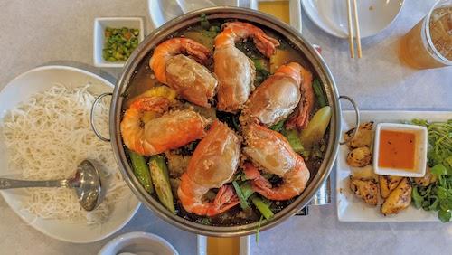 House special prawns hot pot (small) Lẩu Tôm Càng Đặc Biệt