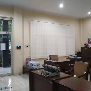 Proyek Vertikal Blind  kantor kecamatan Semarang Tengah