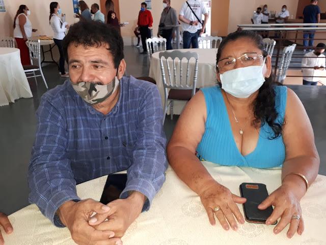 Carlos Castellanos y Lidia Canché.