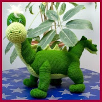 Dinosaurio amigurumi
