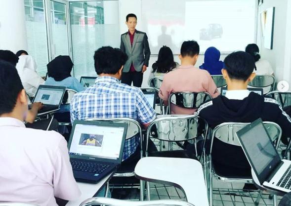 guru seo di kampus Jakarta
