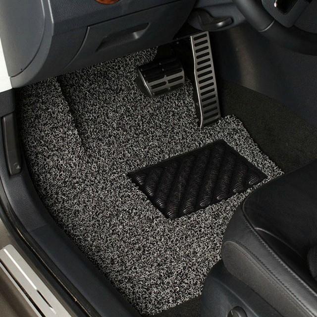 Karpet mobil yang bersih;Tips Mobil: Membuat Karpet Menjadi Bersih;Tips Agar Karpet Terawat;;