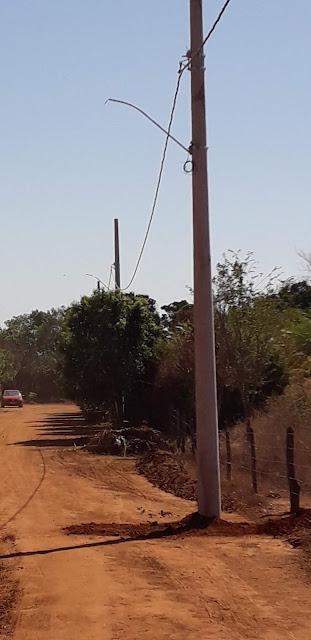 Resultado de imagem para prefeitura de itacarambi instala postes na comunidade do brejo de santana