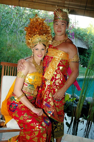 Wedding in Bali, honeymoon in Bali, holiday in Bali, island of Gods, last paradise, Hindu Bali, honeymoon villa, Balinese wedding, pre wedding photo