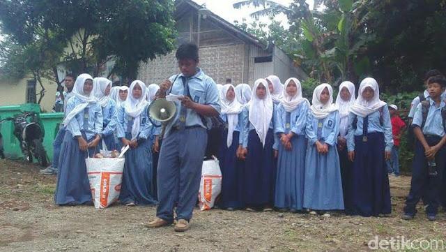Sambut Hari Pahlawan, Pelajar di Jember Deklarasi Perang Lawan Sampah
