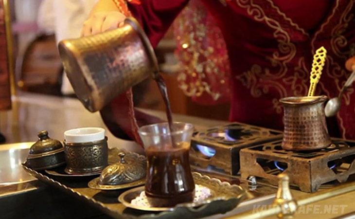 antakya süvari kahvesi kolay yapımı, çay bardağında antakya süvari kahvesi tarifi - Www.KahveKafe.Net