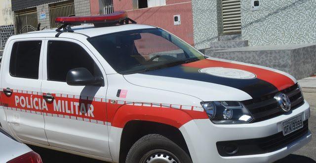 PM prende suspeito de agredir o próprio pai com um machado em Catolé do Rocha
