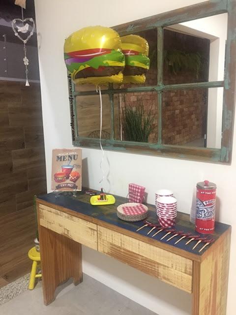 decoração festa hamburgueria em casa