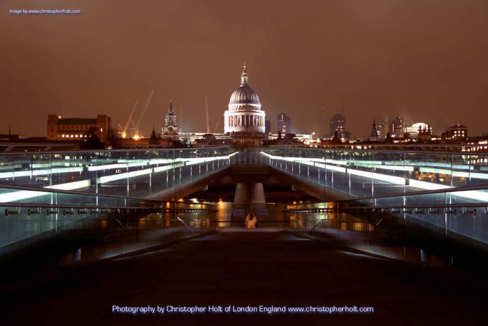 Beautiful Bridges: Millenium Bridge wallpapers