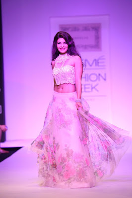 shehla-khans-spring-2016-collection-celebrates-indian-craftsmanship
