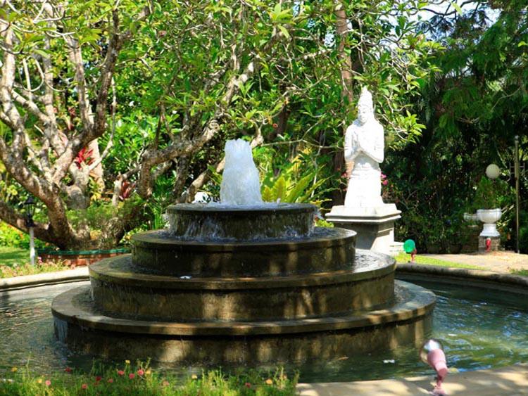 Aqua Pearl Lake Resort - Moratuwa   WeddingChannel - Blog