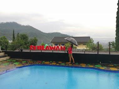 Seulawah Resort Cafe Penginapan Murah Di Kota Batu Malang Lengkap Dengan Fasilitas Kolam Renang